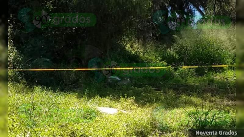 Lo hallan ejecutado en terracería de Acapulco, Guerrero