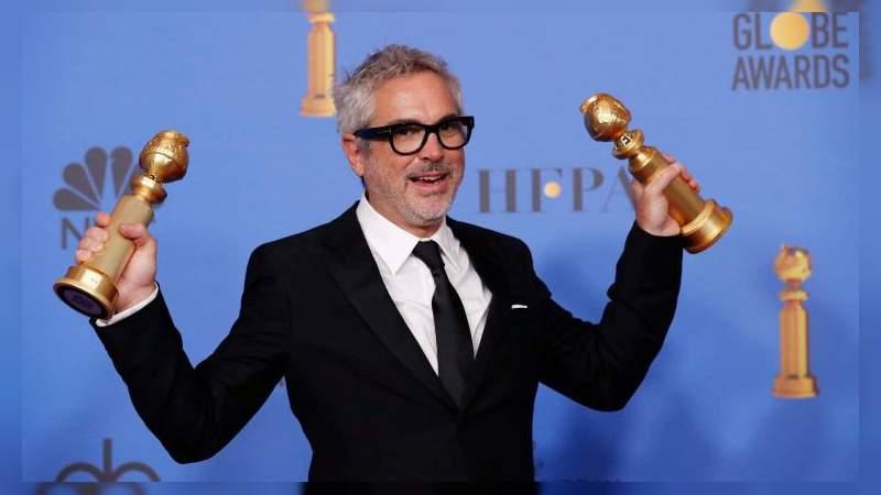 Alfonso Cuarón es galardonado cómo Mejor Director en los Globos de Oro
