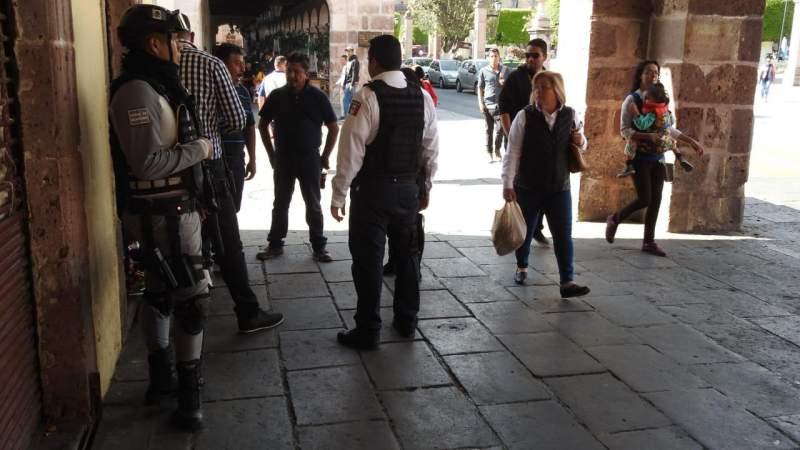 Dirección de Mercados y Policía de Morelia harán cumplir reglamento contra comercio informal