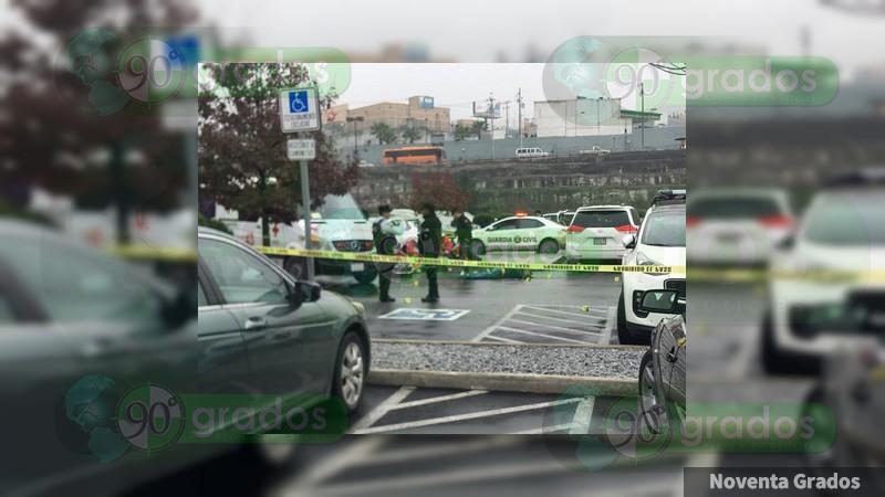 Balacera en Costco deja un muerto y un herido en Monterrey, Nuevo León