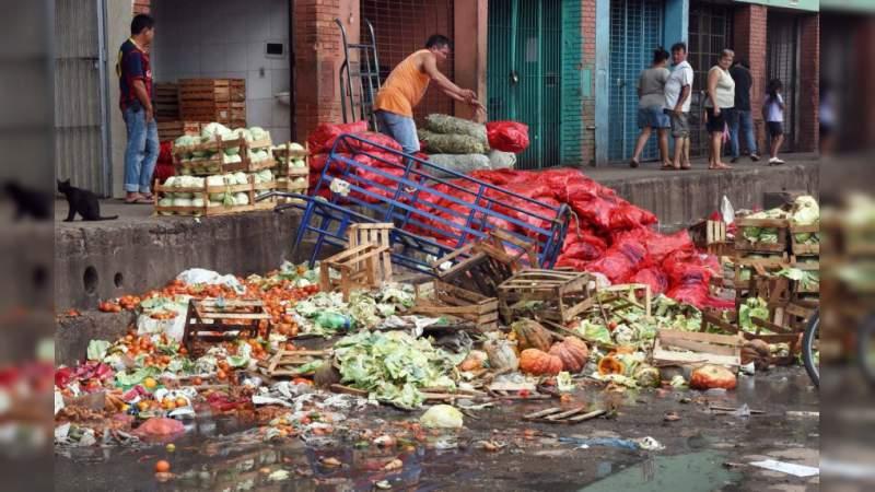 90 mil toneladas de alimentos en peligro por desabasto de gasolina en México