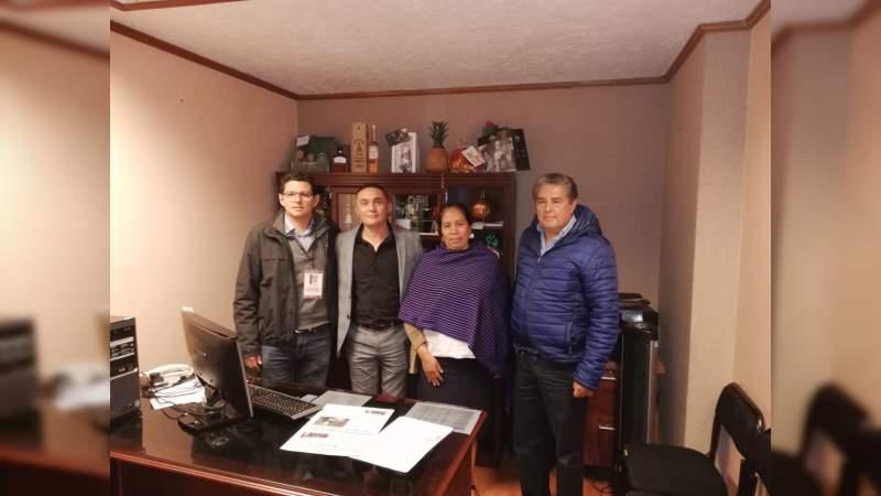 Impulso al sector artesanal acuerda Azael Toledo con autoridades el IAM