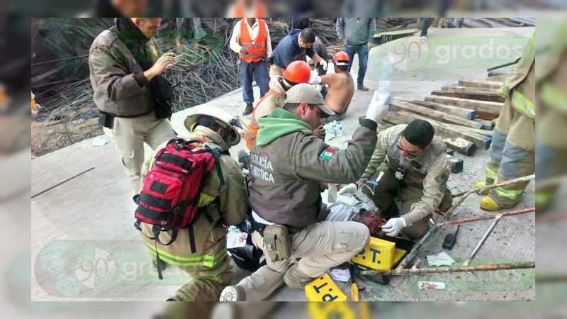 8 trabajadores heridos al colapsar mega obra en construcción en San Juan de los Lagos, Jalisco