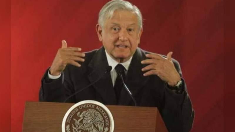 """A """"mediano plazo"""" se reforzarán ductos de Pemex contra huachicoleo: AMLO"""