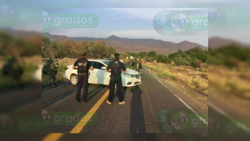 Enfrentamientos y bloqueos se registran en la Tierra Caliente michoacana