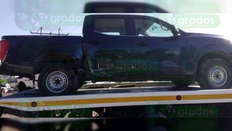 Recuperan dos vehículos y aseguran armas, munición y droga en Jacona