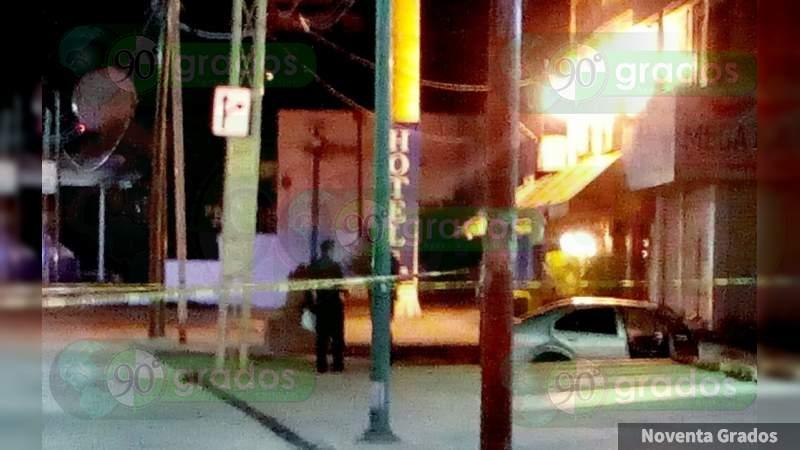 Lo asesinan a tiros en zona centro de Cortázar, Guanajuato