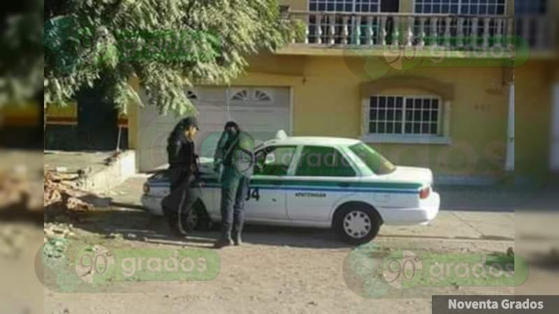 Sujetos armados asesinan a taxista en Apatzingán, Michoacán