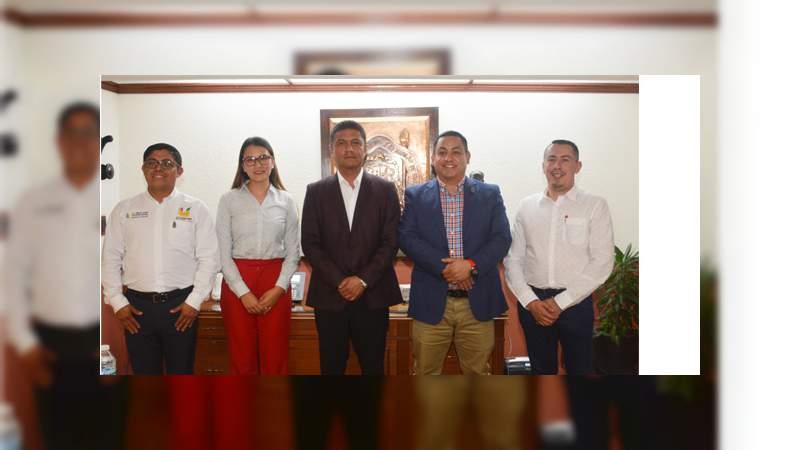 Buscan fortalecer oferta educativa en región Uruapan