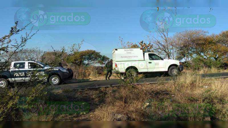 Encuentran dos cuerpos putrefactos en Cortázar, Guanajuato