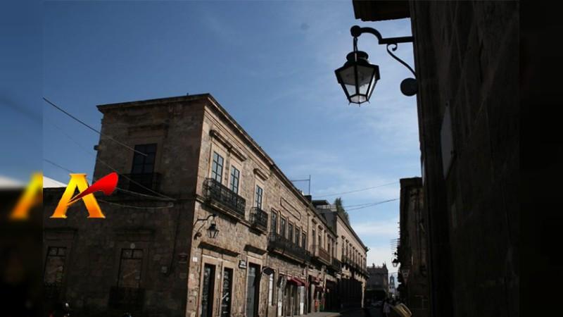 Empresa que ganó licitación del Ayuntamiento de Morelia para nuevas luminarias, demandada en otros estados del país