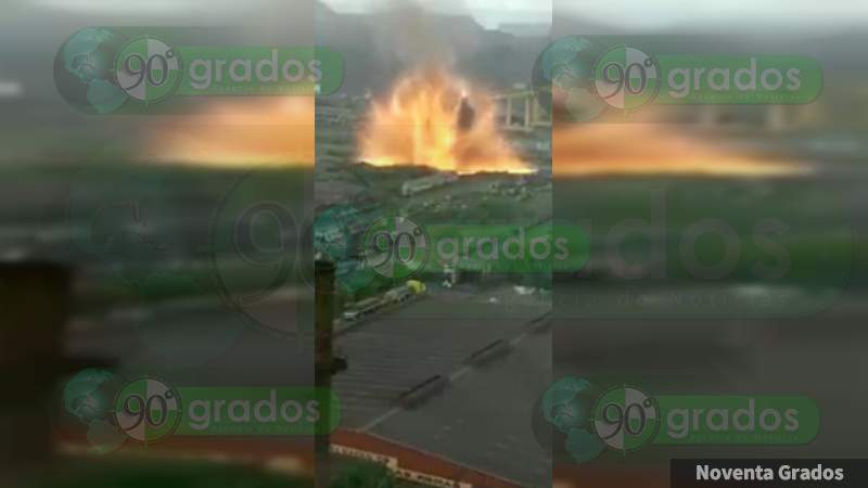 VIDEO Captan explosión en acerera de Michoacán