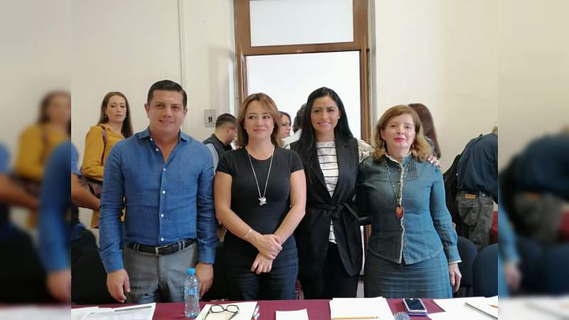 Propone la diputada Sandra Luz Valencia condecoración para reconocer la promoción turística