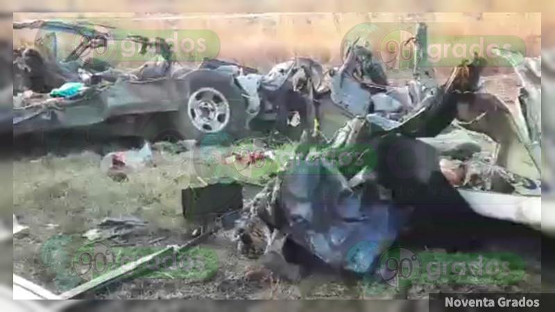 Deja 12 muertos choque sobre la Pénjamo - La Piedad, en Guanajuato
