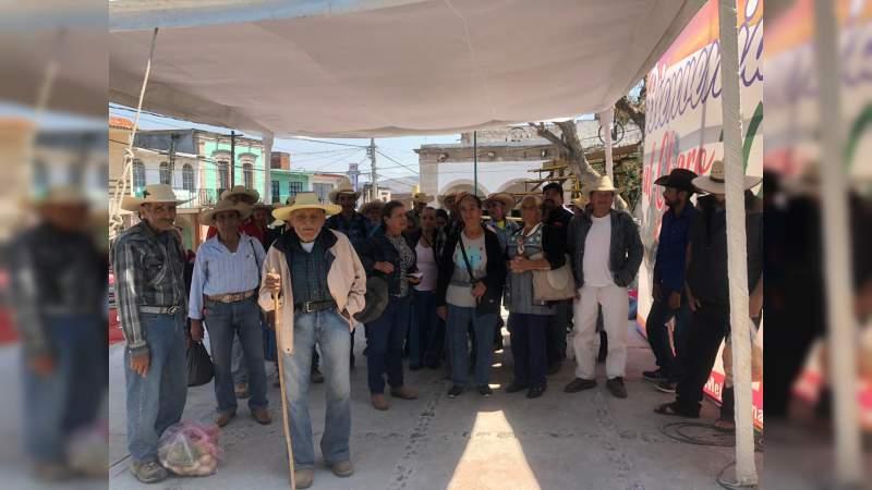Campesinos de Charo piden atención a su demanda de fertilizante