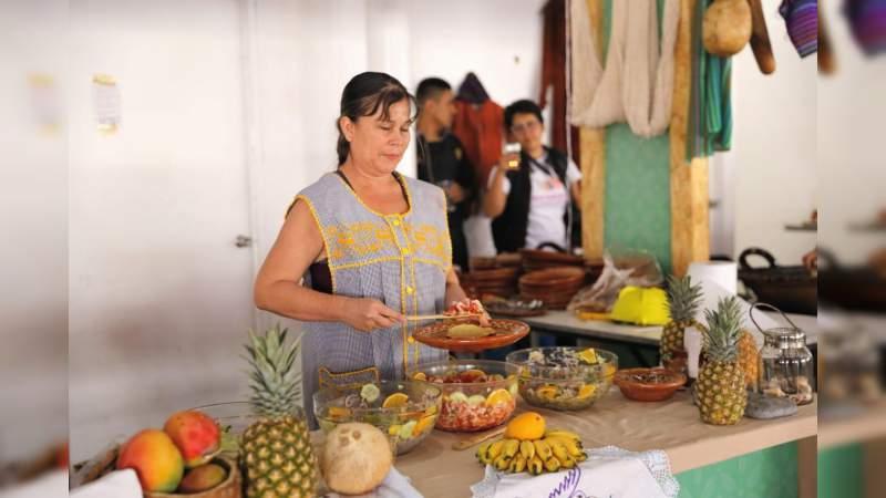 Destacada afluencia de visitantes en el Festival de la Gastronomía Michoacana