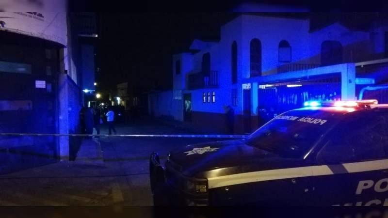 Matan a balazos a un balconero en Uruapan, Michoacán