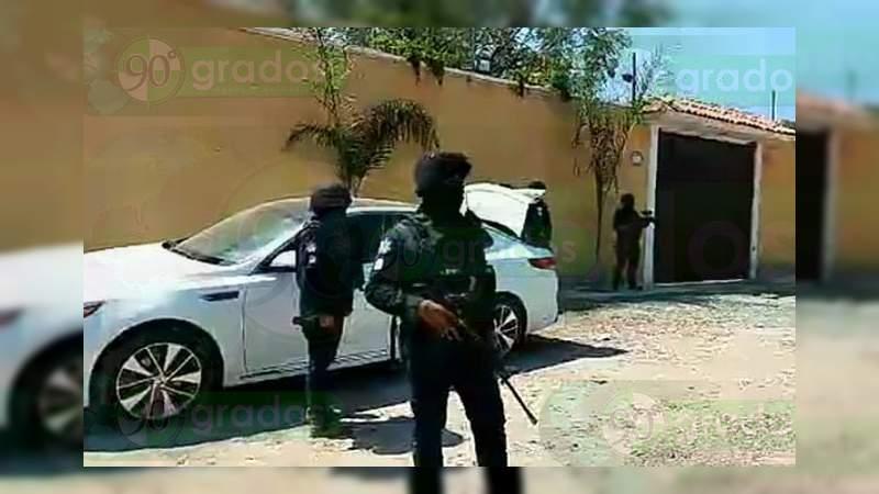 """Casi 100 vehículos y 21 propiedades aseguradas en el bastión de """"El Marro"""" en Guanajuato"""