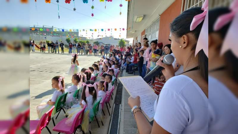 Festejan alumnos de preescolar del CEMACM el inicio de la primavera