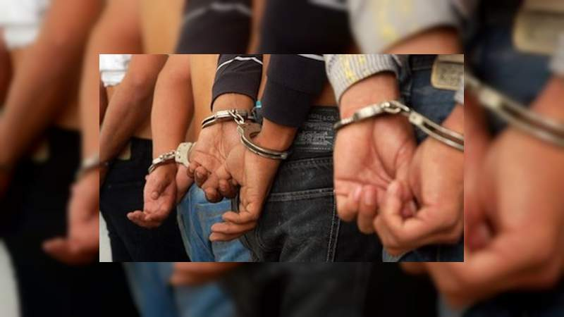 Detienen a cuatro tras persecución y balacera en Cancún, Quintana Roo