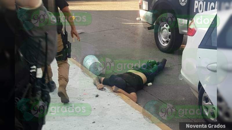 Un civil muerto y dos policías heridos tras balacera Zapopan, Jalisco