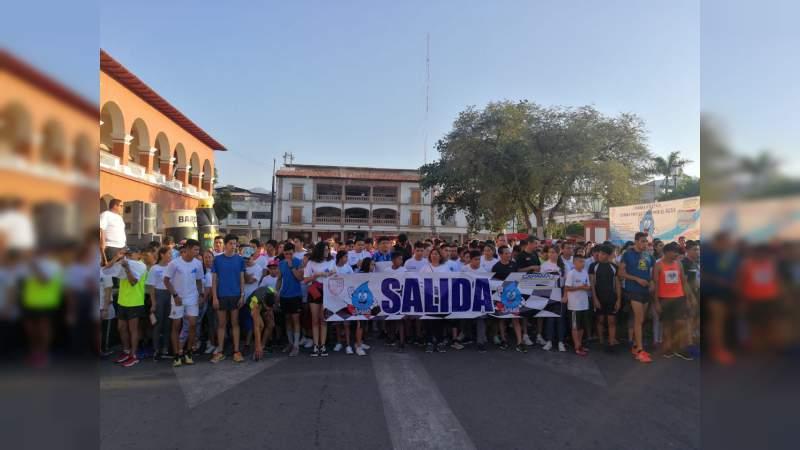 Con éxito se llevo a cabo la Carrera por el Agua 2019 en Apatzingán, Michoacán