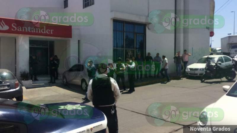 Asaltan banco en Morelia