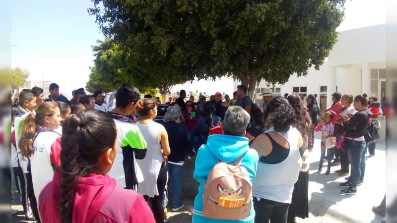 Si el presidente municipal quiere inaugurar la clínica en Misión del Valle, que tome en cuenta al pueblo que la gestionó: Antorcha