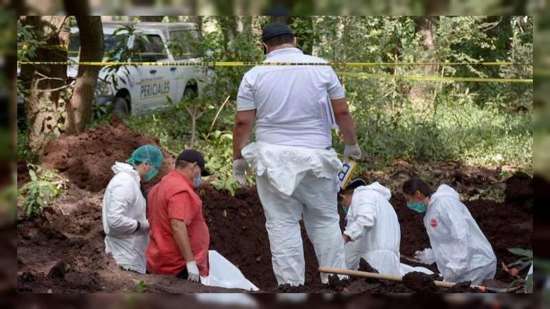 Sube a 27 cuerpos hallados en 19 fosas de Sonora