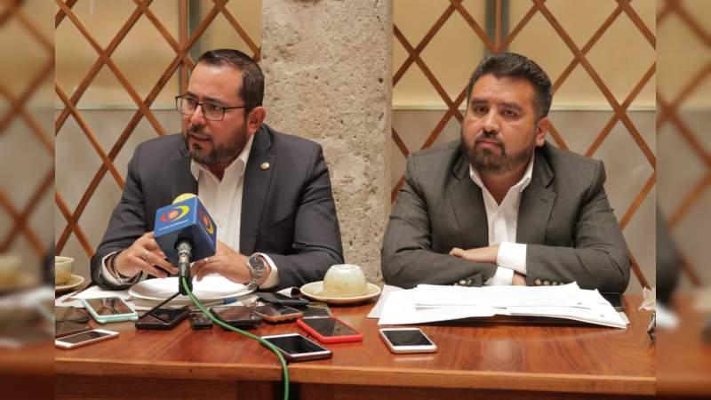 Michoacán y Guerrero, unifican esfuerzos para sacar delante la ZEE: Humberto González