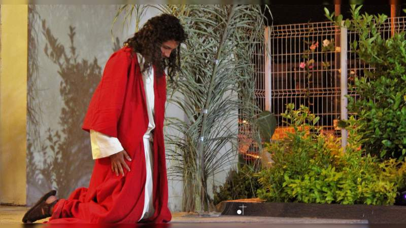Muy buenas representaciones bíblicas por parte del cuadro de actores de la Parroquia del Divino Niño