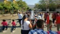 Madres y familias de desaparecidos en Apatzingán, Michoacán se suman al Viacrucis y dicen basta a la violencia