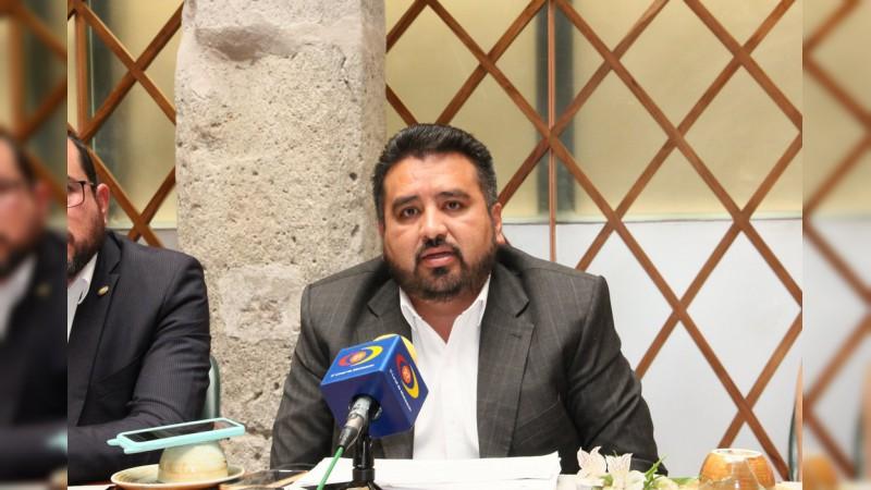 A fortalecer políticas de protección del medio ambiente exhorta Erik Juárez