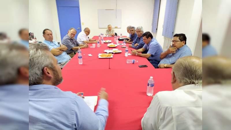 Empresarios de Lázaro Cárdenas, a favor de gestionar Zona Libre para Michoacán