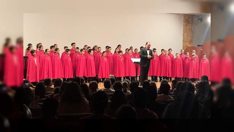 Niños Cantores de Morelia conquistan el Palacio de Bellas Artes
