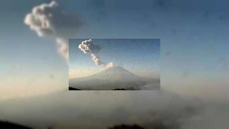 En plena Contingencia Ambiental, el Popocatépetl registra una nueva explosión