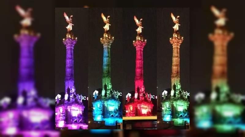 Ángel de la Independencia se ilumina en apoyo a la comunidad gay