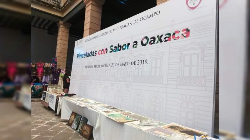 """Sin afluencia la exposición de Oaxaca en el Congreso; """"en Michoacán no tenemos un evento estatal que nos represente"""": Gaby Ceballos"""