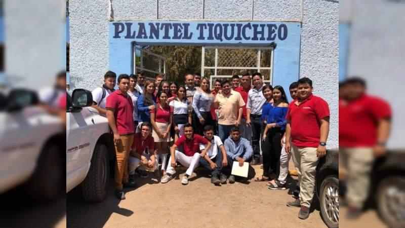 Bienestar paga becas a estudiantes de media superior y superior en Michoacán