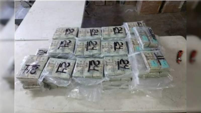 Ocultos en un OXXO encuentran más de 1 millón de dólares, armas y cartuchos, en Sonora
