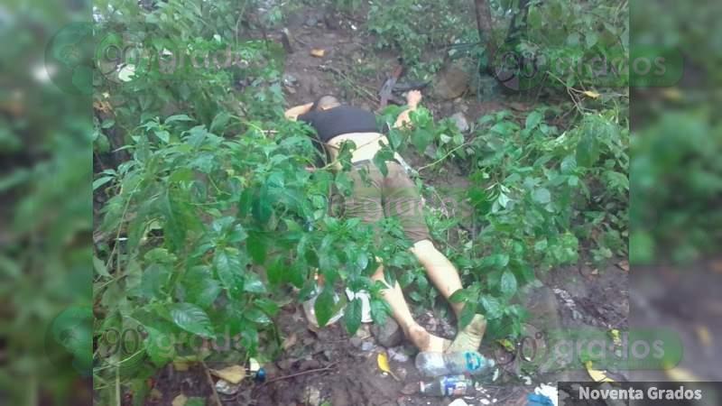 Localizan a ejecutado en una terracería en Armería, Colima