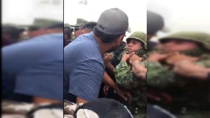 Retienen y desarman a soldados en La Huacana