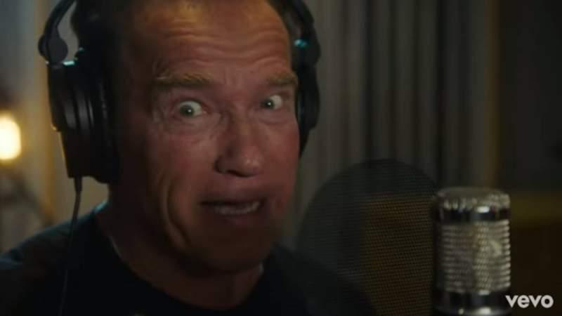 Arnold Schwarzenegger debuta como rapero