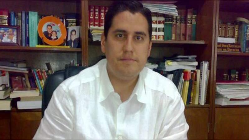 Abogado zitacuarense es acosado tras pedir freno a la corrupción en la Fiscalía Regional