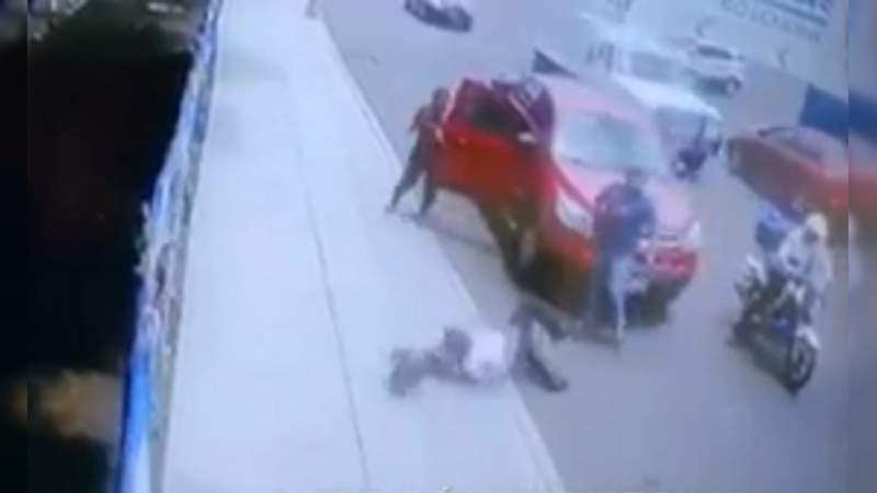 Golpean a oficial de tránsito por levantar una infracción en Irapuato