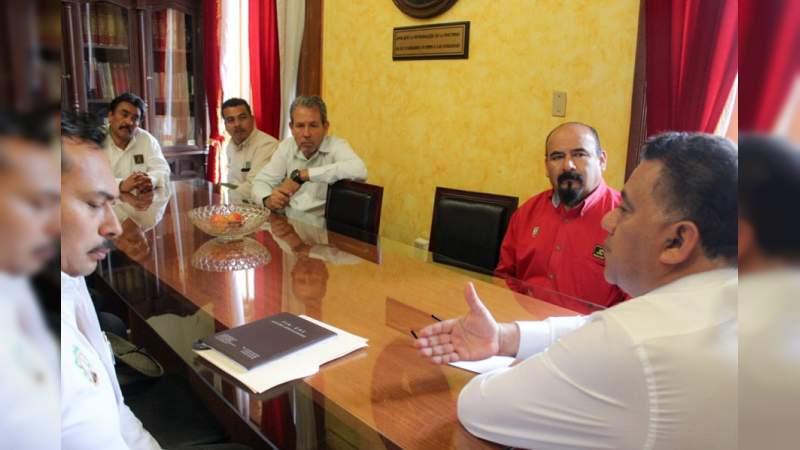 Pide Fermín Bernabé respetar resolución federal para la reintegración operativa de la Junta de Caminos de Michoacán