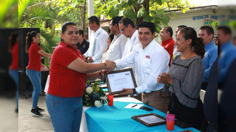 Reitera diputado Toño Madriz compromiso con jóvenes michoacanos
