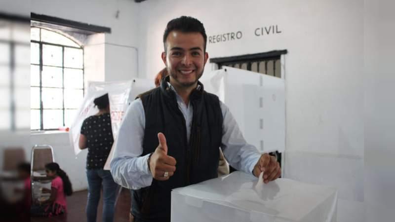 Con 67% de los votos, Cristián Pineda es el nuevo jefe de tenencia de Tiripetio