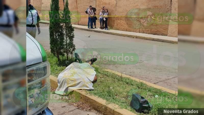 Un joven muerto y una herida en choque en Zamora, Michoacán