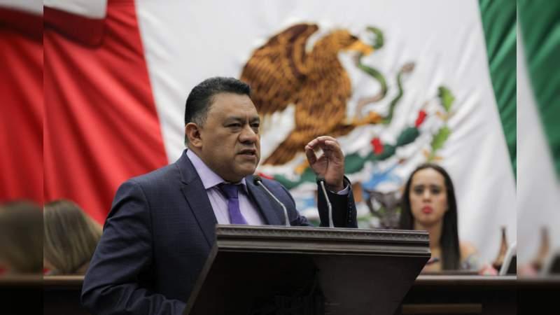 Promoverá Fermín Bernabé fortalecimiento en generación de iniciativas en Congreso de Michoacán